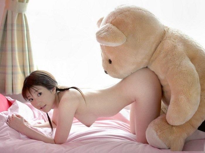 голые японки с игрушками фото