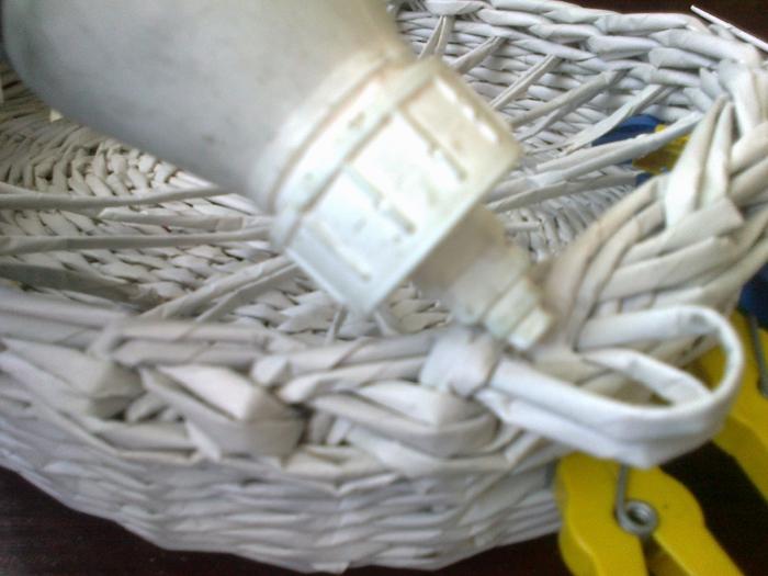 Мастер-класс по плетению корзинки из газетных трубочек (20) (700x525, 245Kb)