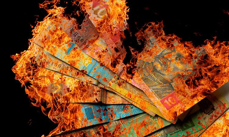 Украине предрекли тотальный дефолт