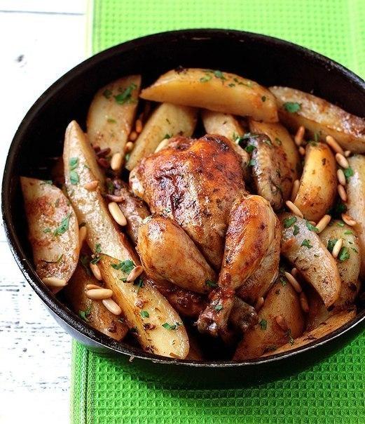 Посидим, поедим... запеченого цыпленка с картофелем