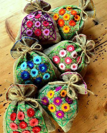 Вышивка цветов в технике «декоративные сетки» — МК