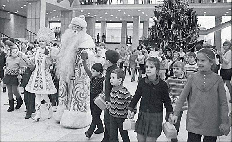 1972. Кремль. Главная елка страны.jpg