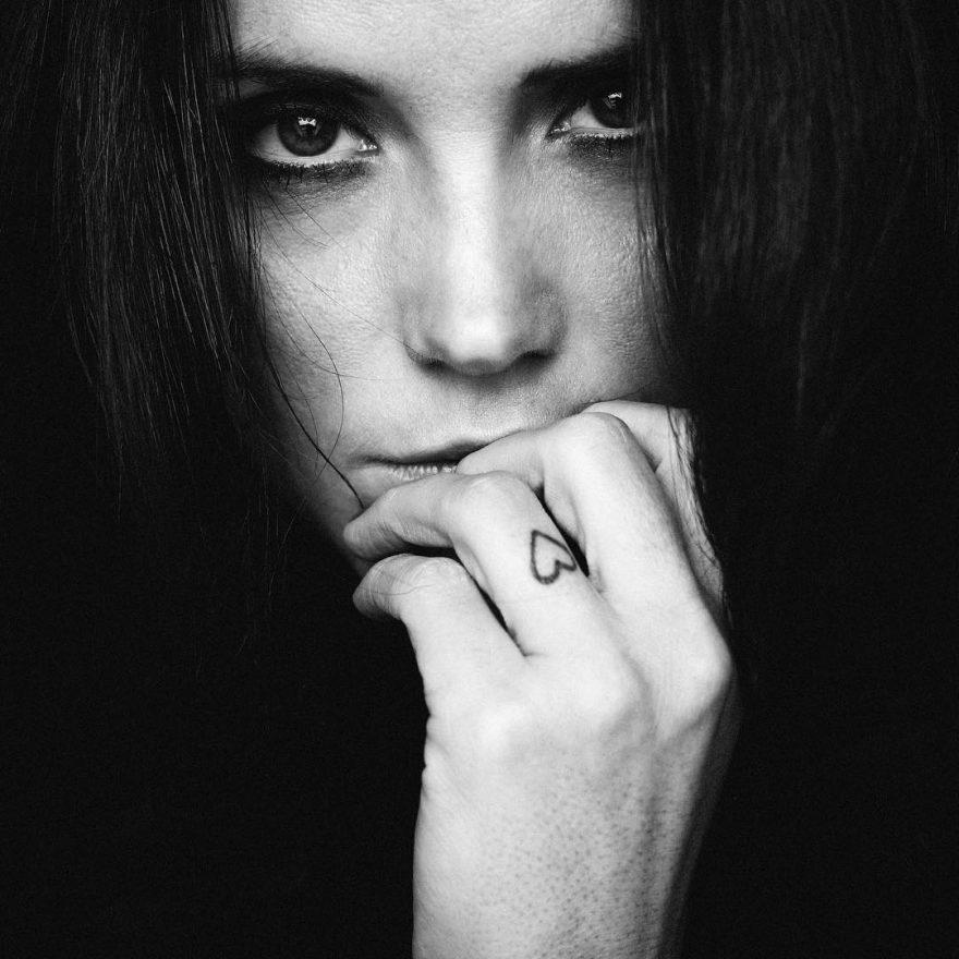 Потрясающая черно-белая фотография моды Маркуса Хоппе
