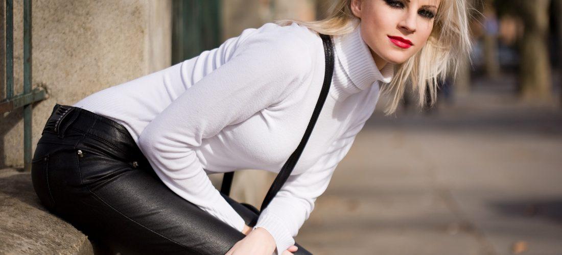 blondinki-v-chernih-shtanah