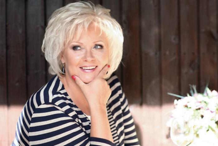 «Радоваться жизни» с Анне Вески: эстонская певица спустя 30 лет после своего триумфа на советской сцене
