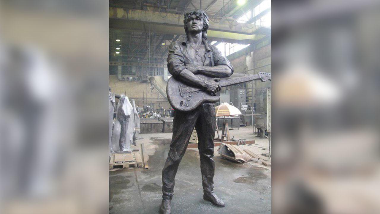 В Петербурге разрешили установить памятник Виктору Цою