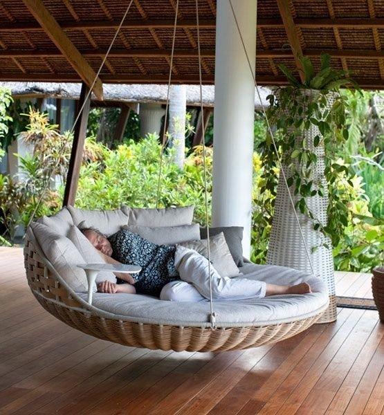 Роскошные кровати для сна на свежем воздухе.