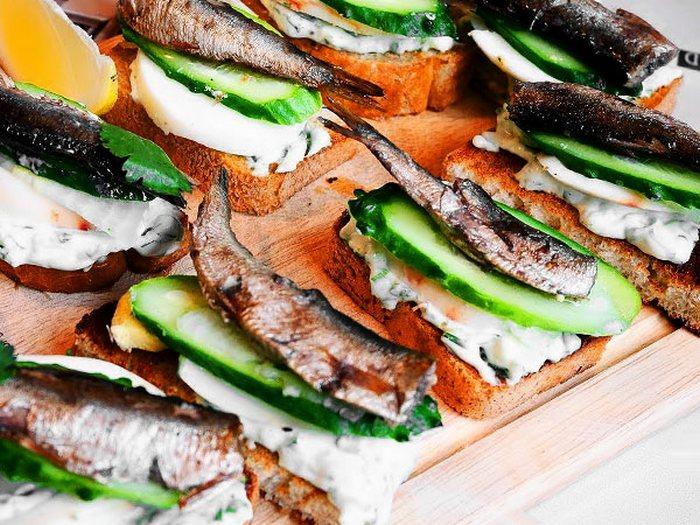 Оригинальные бутерброды на праздничный стол
