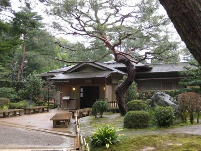 Удивительный парк Кераку-эн в Японии