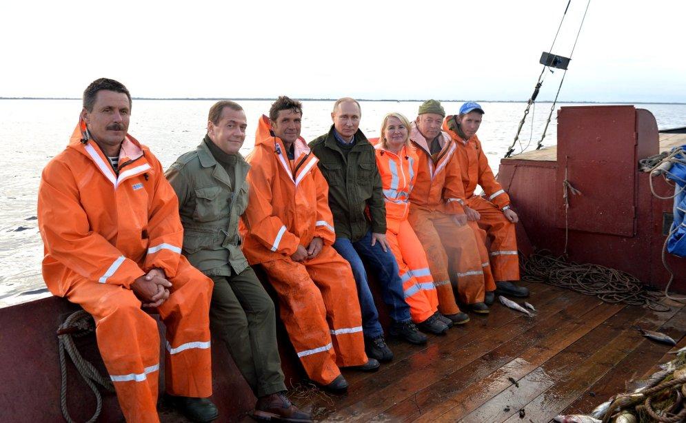 путин спасает рыбаков