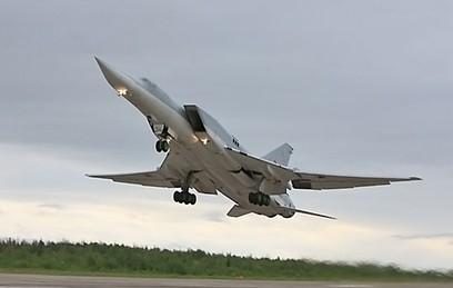 Российские Ту-22М3 разбомбили объекты боевиков в Сирии