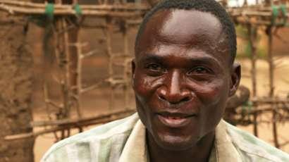 """Африканская традиция: """" гиены """" растляют девочек"""