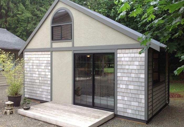 Небольшой, но функциональный домик: идеальный вариант для дачного участка
