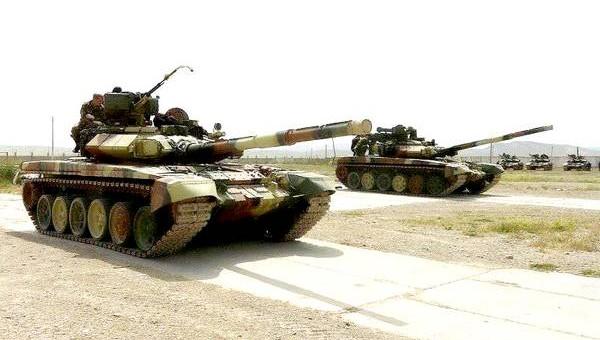 Азербайджан сообщил о нанесении ударов по армянской армии