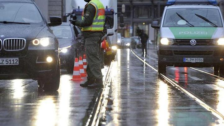 Как русский водитель проходил проверку в Германии. Проверяющая просто не верила своим глазам!