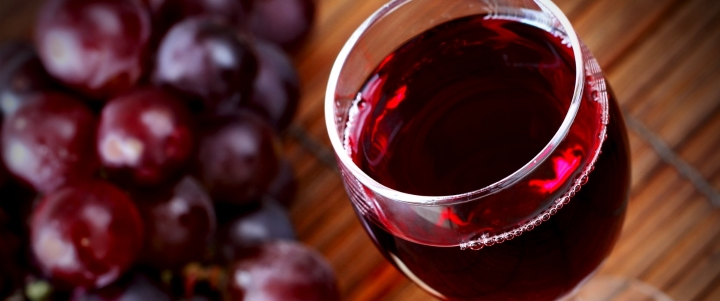 Вино из алычи в домашних условиях