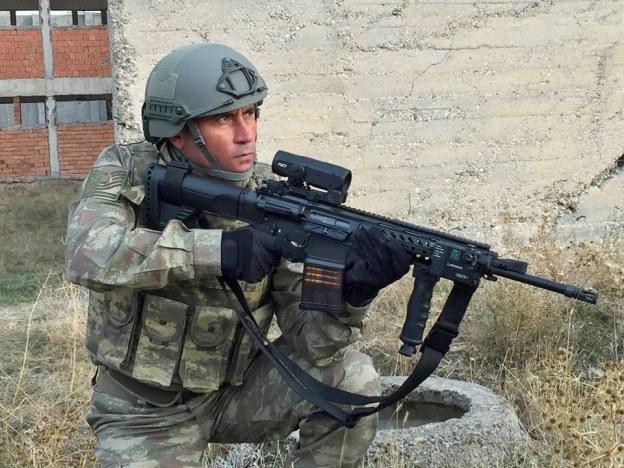 Турецкая армия начала получать новые автоматические винтовки МРТ-76