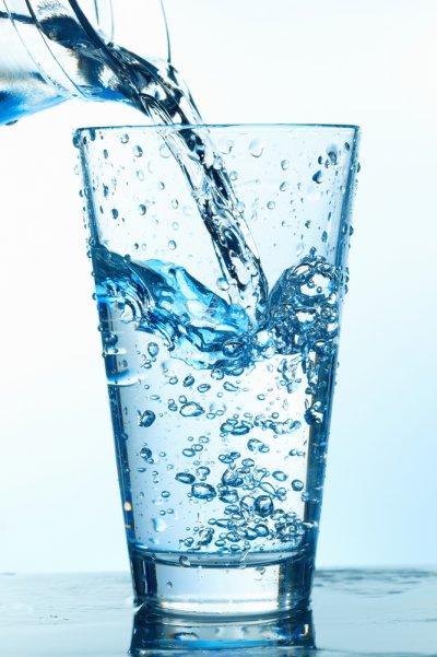 Как сделать воду с пузырькам