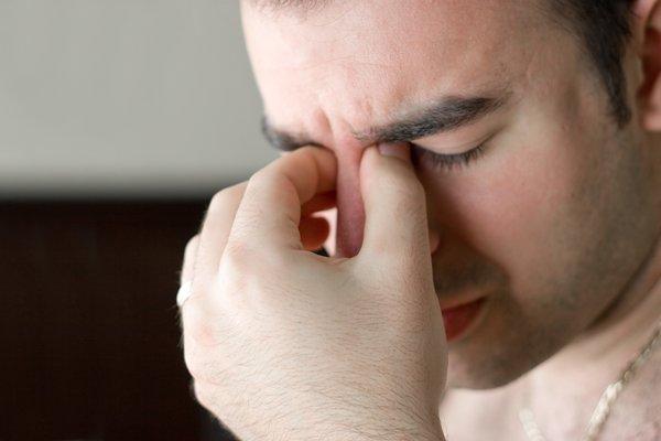 7 простых упражнений для улучшения зрения и снятия боли в глазах