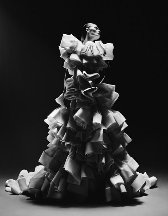 Черно-белые кружева. Модное фото от фотографа Елизаветы Породиной (Elizaveta Porodina).