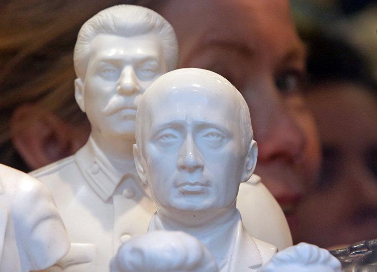 Le Figaro, Франция : Путин предпочитает Сталина Ленину