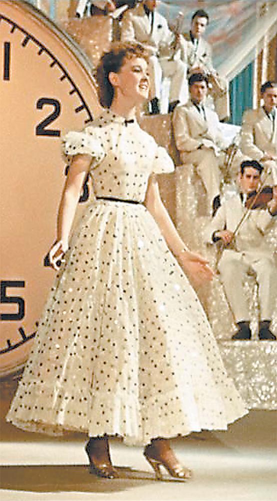 Платье гурченко из карнавальной ночи