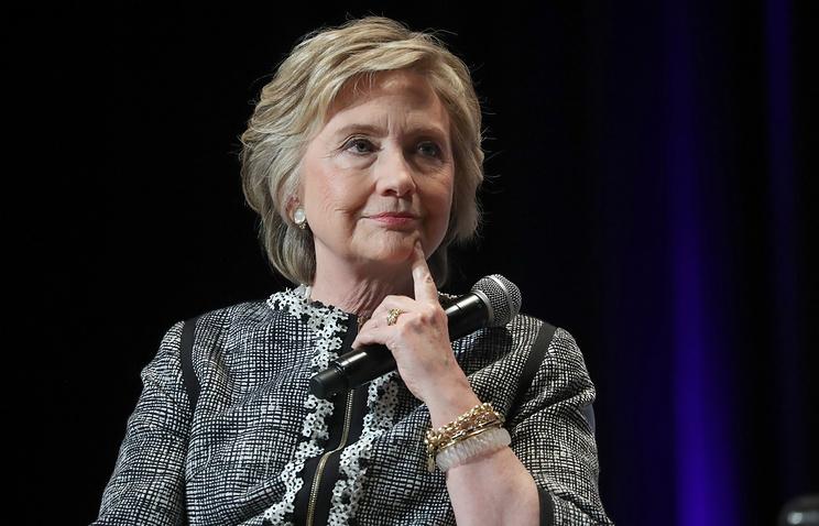 Конгресс США начал расследование в отношении Клинтон