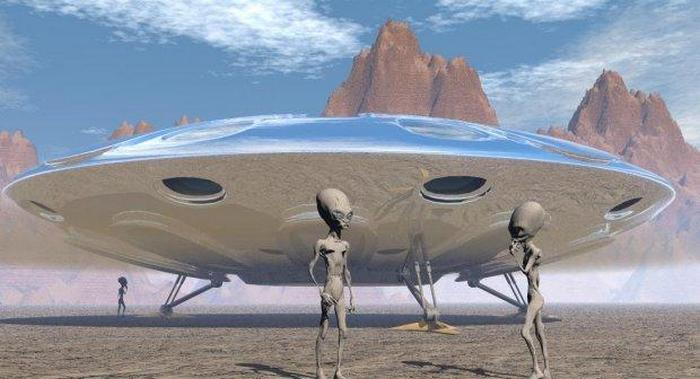 """Землянам очень дозированно """"позволяют"""" снимать НЛО"""