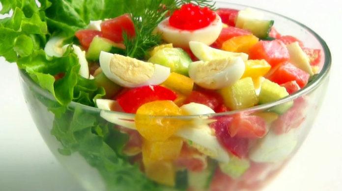 Простые рецепты салатов на праздничный стол