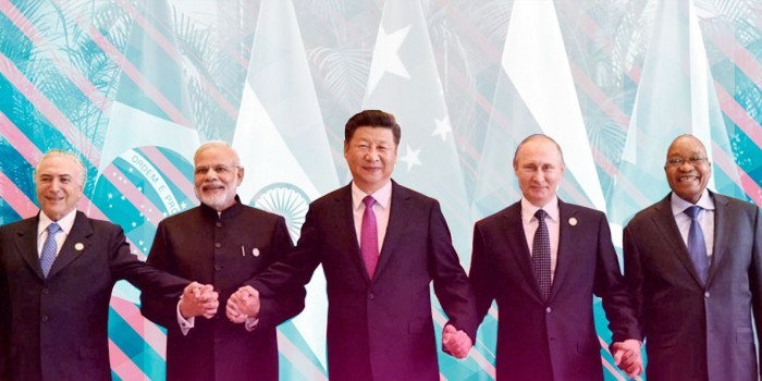 За мир без доллара и санкций: как БРИКС из пятерки превращается в десятку
