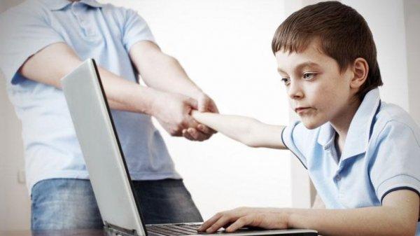 «Молодежь идет за оппозицией в виртуальный мир, потому что в реальный – власть её не приглашает»