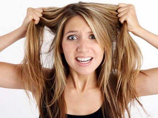Неприятность эту мы переживём. Что делать, когда выпадают волосы?
