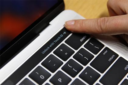 Владельцы новых MacBook столкнулись со сбоями видеокарты
