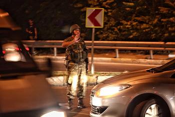 Турецкие военные объясняют, зачем захватили власть