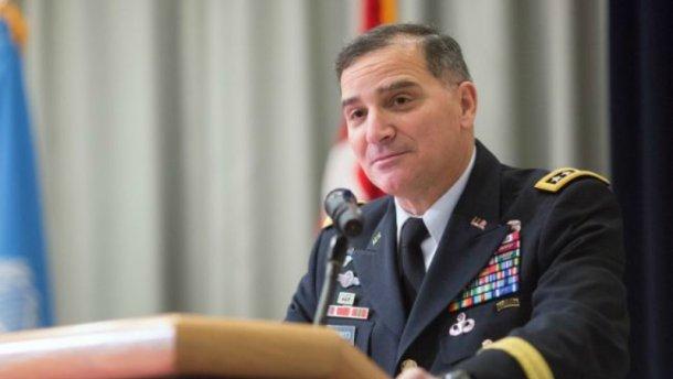 Командующий НАТО: Нужно вооружить Украину до зубов