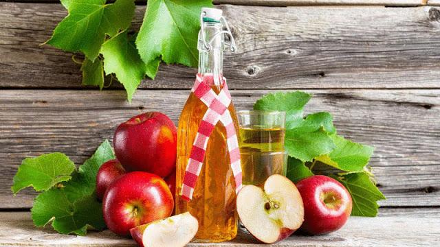 Простой яблочного сидра в домашних