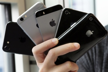 В США презентовали айфоны восьмого поколения