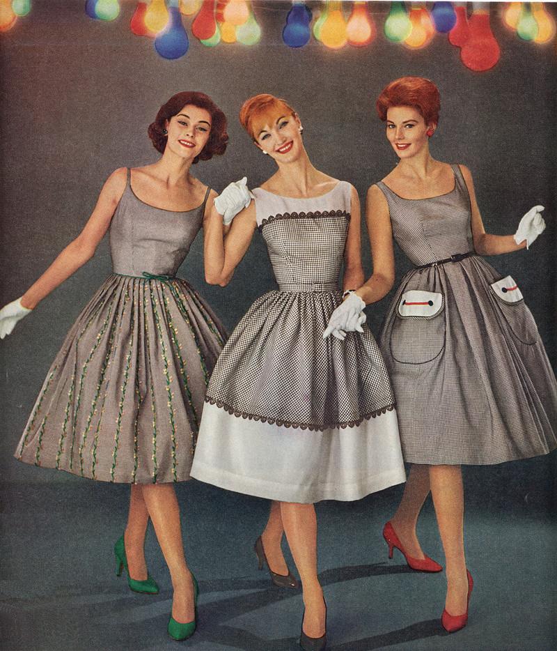 Школьный театр моды и причёсок 60 х годов женские