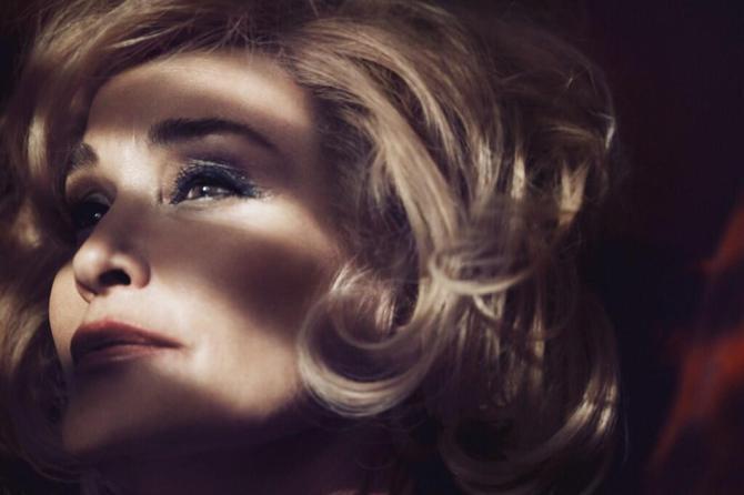 № 1. Джессика Ланж (Jessica Lange). Возраст: 64 года. Компания: Marc Jacobs Beauty.