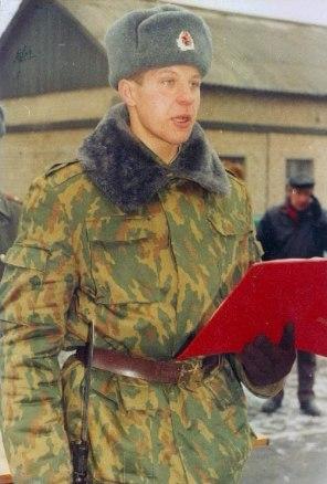 Фёдор Емельяненко в годы военной службы.