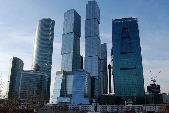 В Москве число сделок с элитным жильем выросло за год на 42%