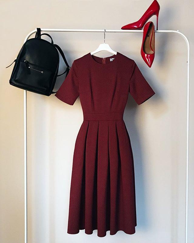 На заметку дамам — 7 фасонов платьев, которые действительно стройнят