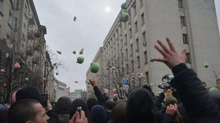 Легитимность победы Порошенко может быть уничтожена еще до первого тура выборов