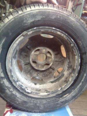 Что можно сделать из автомобильного диска и куска рессоры