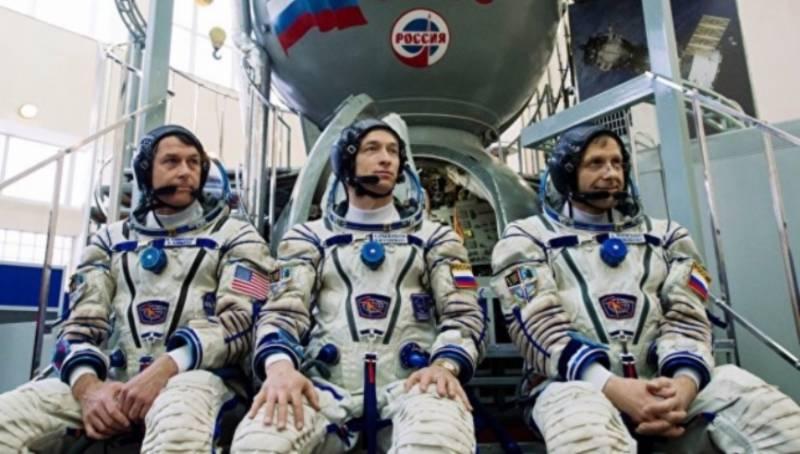 NASA: возможно Америке придётся продолжить покупку мест у России для доставки астронавтов на МКС