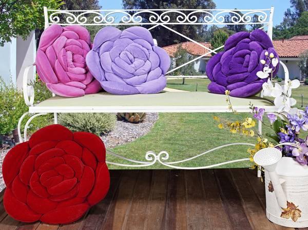 Подушки своими руками в виде роз