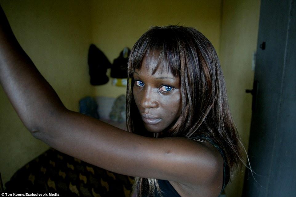«Ангелы смерти»: фото из Нигерии, где СПИД уносит 10 миллионов жизней в год