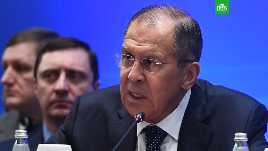 Лавров посоветовал не читать западных газет с примитивной пропагандой