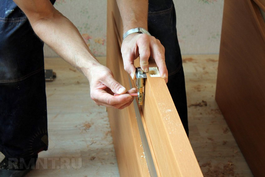 Как вставить двойные межкомнатные двери своими руками