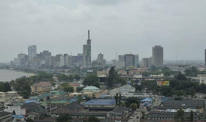 Навязчивый Лагос.